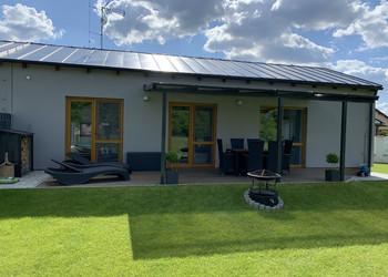 Realizace hliníkové zastřešené pergoly na terase u rodinného domu
